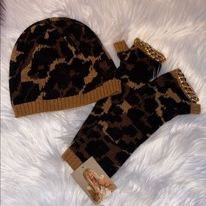Betsey Johnson Leopard Print Hat and Glove Set NWT